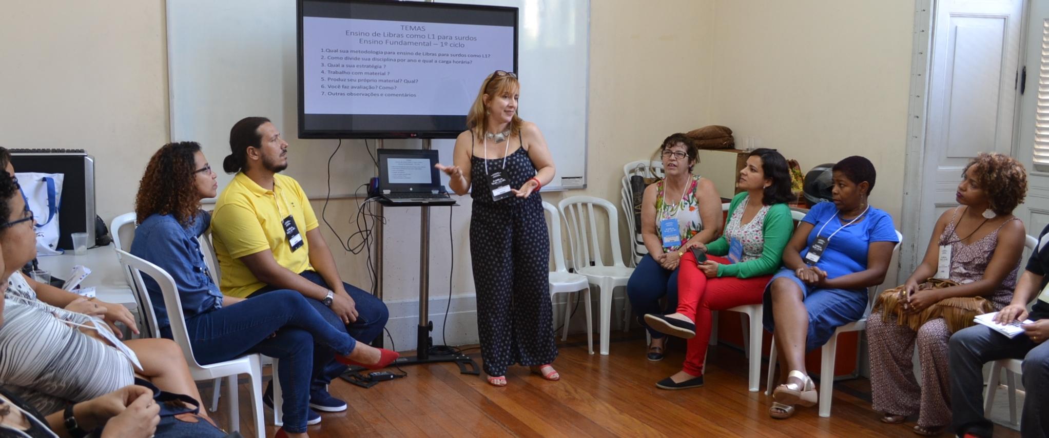 INES oferece curso de formação para instrutores de libras; inscrições em fevereiro