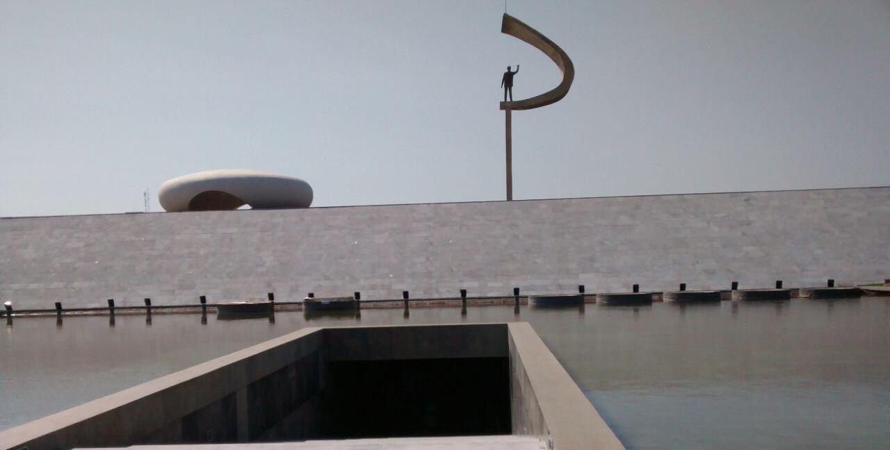 Memorial JK inaugura infraestrutura acessível, com participação do INES